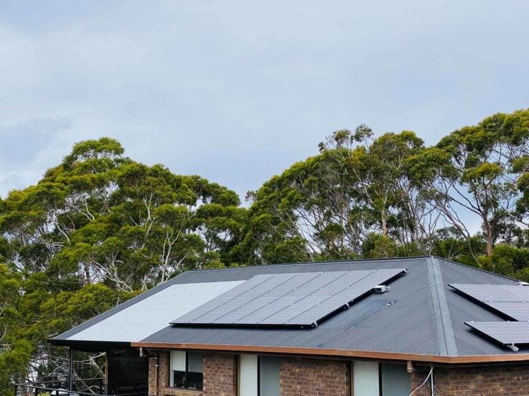 Saint Helens, Tasmania, Australia solar panel installation